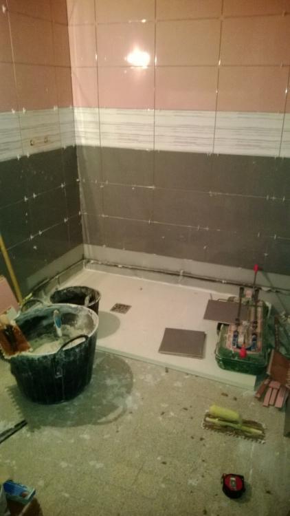 salle de bain 1 grenoble seyssins is re 38 aix les bains 73 annecy 74. Black Bedroom Furniture Sets. Home Design Ideas